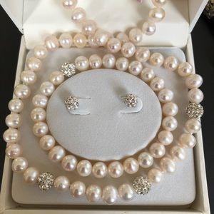 Jewelry - Necklace bracelet earrings pearl sterling set new